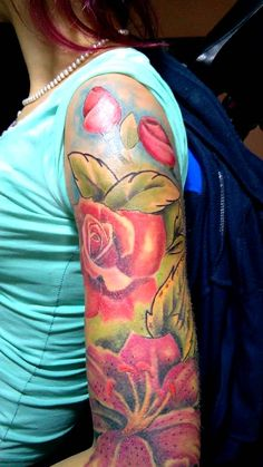 Luka's Tattoo - Color flowers tattoo Flower Tattoos, Watercolor Tattoo, Flowers, Tattoo, Floral Tattoos, Blossom Tattoo, Watercolor Tattoos, Flower Side Tattoos, Royal Icing Flowers