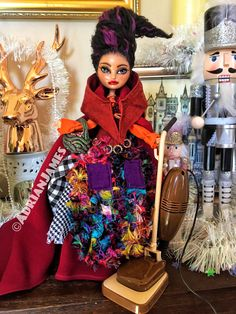 What a cult classic 😍 Throw back to my Hocus Pocus collection Collab with last Halloween ✨🧙🏻‍♀️💜 · Ooak Dolls, Barbie Dolls, Art Dolls, Monster High Repaint, Monster High Dolls, Hermanas Sanderson, Mary Sanderson, Classic Throws, Last Halloween