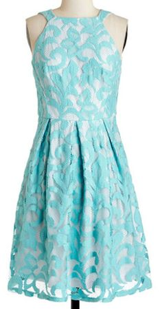 Pretty lace dress in #mint http://rstyle.me/n/i63k5nyg6