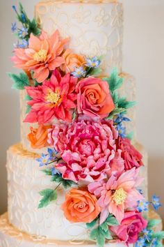 We are swooning over the intricate detail-work on these pretty chic wedding cakes from Wild Orchid Baking Company. Take a look and happy pinning!
