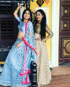 Indian Bridal Outfits, Indian Designer Outfits, Indian Dresses, Designer Dresses, Ethnic Outfits, Ethnic Clothes, Lehnga Dress, Party Wear Lehenga, Beauty Full Girl