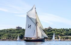 The Royal Cornwall Yacht Club has announced it has again been chosen by the Falmouth Classics organisation to host and organise the racing, supporting the Falmouth Classics 2017 regatta.  The event will run from 16–18 June 2017.  Falmouth Classics 2014  Since the Falmouth Classics' rebirth in 2013 and the decision to run the event during the International Sea Shanty Festival, the regatta has grown in stature, attracting many historic vessels to the port from along the south coast of England…