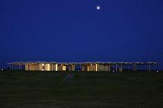 Japanese architect Kengo Kuma recently unveiled a strikingly gorgeous wooden pavilion for the Kyushu Geibunkan Museum in Fukuoka, Japan. Wooden Pavilion, Details Magazine, Kengo Kuma, Eco Architecture, Kyushu, Annex, Green Building, Sustainable Design, Sustainability
