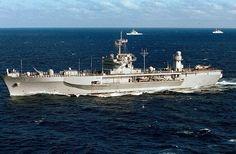 U.S. 7th Fleet flagship USS Blue Ridge (LCC 19) departed Singapore following a four-day visit, June 12.