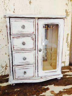 JEWELRY BOX Distress Wood Jewelry Holder Shabby Chic Jewelry Storage