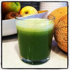 Juicing while pregnant or breastfeeding. Great tips and facts to make sure both mom and baby receive the nutrition they need!