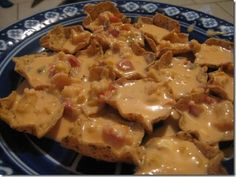 """Crawfish Nachos (aka """"Crawchos"""") - a delicious way to use up leftover crawfish tails after a boil! There's no such thing as LEFTOVER crawfish tho. Crawfish Tails Recipe, Crawfish Recipes, Cajun Recipes, Seafood Recipes, Mexican Food Recipes, Cooking Recipes, Cajun Crawfish, Seafood Nachos, Nacho Recipes"""