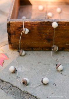 felted-acorn-garland-2