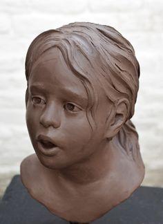 Sculptures Céramiques, Art Sculpture, Pottery Sculpture, Bronze Sculpture, Ceramic Figures, Ceramic Art, Ceramic Decor, Sculpture Techniques, Alcohol Ink Art