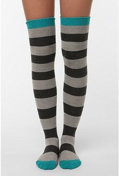 I want these soooo badly!!! And the skinny legs to go in them! ;)