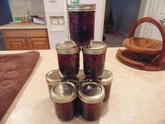 How to Can Fresh Blackberry Preserves in a Few Easy Steps Blackberries are nutritional powerhouses, and they also make for delicious preserves. You can produce your own batch with a few basic ingr… Canning Tips, Canning Recipes, Blackberry Preserves Recipes, Jelly Recipes, Holistic Nutrition, Preserving Food, Nutritional Supplements, Food Storage, Bricolage