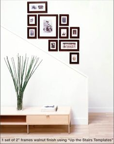 been trying to figure out how to segue from one grouping of picts on the stairway. Picture Frame Arrangements, Photo Arrangement, Photo Grouping, Photo Wall Hanging, Frames On Wall, Art Frames, Picture Frames On The Wall Stairs, Wall Collage, Wall Art