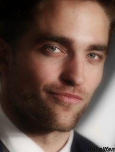 Rob Pattinson-Edbellfan edit-WOW! nice picture.