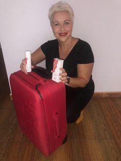 Tuppersex con La Maleta Roja en Tenerife. Tenerife, Suitcase, Fashion, Note Cards, Red, Moda, Fashion Styles, Teneriffe, Fashion Illustrations