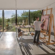 When not being used by the artist to work, The Little Art Studio can be converted into a gallery.