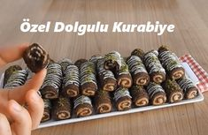Özel Dolgulu Kurabiye – İyi Hobi – Pratik yemekler – The Most Practical and Easy Recipes Biscuits, Viking Tattoo Design, Sunflower Tattoo Design, Homemade Beauty Products, Foot Tattoos, Cookies, Mini Cupcakes, Nutella, Food And Drink