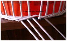 Opletok štyrmi (schovanie dna) :: Moje papierové šialenstvo Newspaper Basket, Clothes Hanger, Crafts For Kids, Weaving, Recycle Paper, Recycled Crafts, Hampers, Paper Envelopes, Cardboard Paper