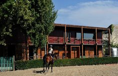 a shelter for horses and their riders in oporto, portugal