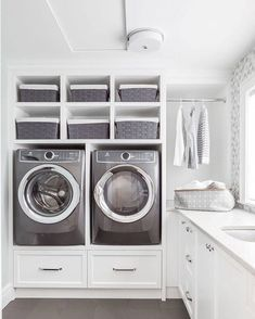 10 Small Laundry Room Ideas to Feel Spacious Inside - ARCHLUX.NET 10 small laundry room ideas to feel good in Modern Laundry Rooms, Laundry Room Layouts, Laundry Room Cabinets, Basement Laundry, Laundry Closet, Laundry Room Organization, Diy Cabinets, Laundry Room Pedestal, Laundry Shelves