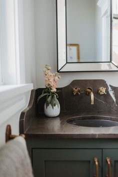 Prospect Refuge Studio, is an award-winning modern interior design firm located in the Minneapolis/St. Cottage Living Rooms, Living Room Decor, Bedroom Decor, Cottage Style Bathrooms, Country Bathrooms, Chic Bathrooms, Interior Minimalista, Wall Mount Faucet, Sweet Home