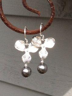 Fleur with dark pearl by BellaMiJewelry on Etsy, $20.00