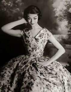 New Look by Christian Dior (1947)