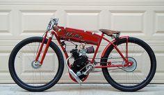 Board tracker style motor bike by Mallin. Custom Motorcycle Helmets, Bobber Motorcycle, Cool Motorcycles, Vintage Motorcycles, Indian Motorcycles, Tron Bike, Motorised Bike, Drift Trike, Motorized Bicycle