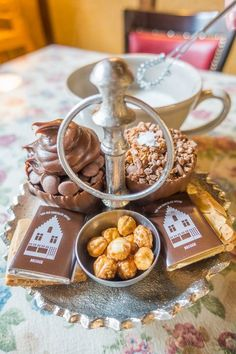 Chocolate House, Hot Chocolate, Bruges, Things To Do, Old Things, Restaurant Guide, V60 Coffee, Foodie Travel, Day Trip