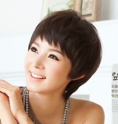 Latest Short Hairstyles For Women and Short Hairstyles for Women - Simple Women Short Hairstyles Images - Cute Women Hairstyles Pictures - Best Short Hairstyles Asian Bob Haircut, Short Haircut, Short Hair Cuts For Women, Short Hair Styles, Latest Short Hairstyles, New Hair, Hair Beauty, Korea, Tips