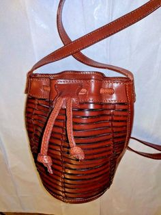 ddd67ff8bf7d RALPH LAUREN COLLECTION VINTAGE DRAW STRING Ricky LEATHER BUCKET HANDBAG