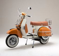 vespa ..clean and adorable