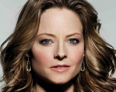 Jodie Foster marries Ellens ex girlfriend.