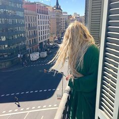 We take photos as a return ticket to a moment otherwise gone.  . #spain #barcelona #balcony #h10hotels #view #city #citytrip #wanderlust #travel #travelling #blonde #waves #blondehair #hairstyle