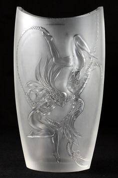 ❤ - René Lalique - Large Lalique Trapeze Crystal Vase.