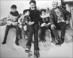 Shah of Iran and family on ski trip