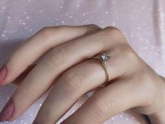 En güzel pırıltı... Model numarası:33R0005🔎siriuspirlanta.com adresinden ürün detaylarına ulaşabilirsiniz. #sirius #siriuspırlanta #pırlanta #pirlanta #diamond #yüzük #yuzuk #tektaş #tektas #tektaşyüzük #tektasyuzuk #pırlantatektaş #teklif #evlilik #evlilikteklifi #nişan #söz #mücevher #jewellery #takı #gelin #sevgiliyehediye #hediye #engüzelevet #lüks #pazar #istanbul #loveit #likeit Diamond Solitaire Rings, Istanbul, Model, Jewelry, Jewels, Schmuck, Jewerly, Jewelery