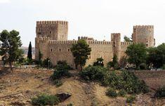 Los 66 castillos más bonitos de Castilla-La Mancha – Tourismaniac Terrace Garden, Natural World, Monument Valley, Spanish, Landscape, Portugal, Amazing, Travel, Manor Houses