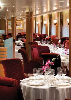 There are elegant restaurants on luxury ships