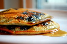 #paleo Blueberry Banana Pancake: 3 organic egg whites, beaten; 1 banana; 20 blueberries; 1 Tbsp almond butter; ½ tsp cinnamon   Preheat pan on medium with coconut oil. Combine egg whites, bananas, blueberries, and almond butter and mix well. Ladle with ¼ cup and pour into pan, cover with lid and cook for 2-3 min. Flip pancake and brown other side.