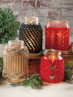 Knitting patterns for Gift Bags, Gift Card Holders, Gift Toppers, Bottle Cozies, and other gift wrap knitting patterns. Cable Knitting Patterns, Christmas Knitting Patterns, Knit Patterns, Free Knitting, Theme Noel, Signature Design, Christmas Crafts, Christmas 2015, Mason Jars