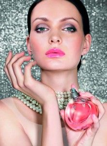90 Best Hia Make Up images in 2012   Fall hair trends, Hair styles