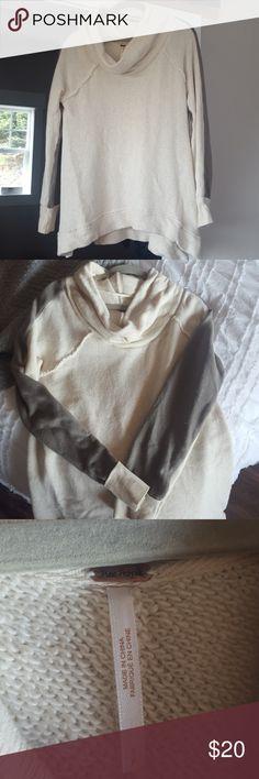 Free people cowl neck sweater Beige with gray detail on sleeve. Slightly longer in back, flowy fit Free People Sweaters Cowl & Turtlenecks