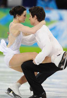 Virtue/Moir win ice dance Olympic gold