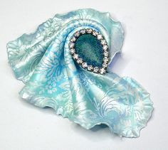 "BREEZE - Polymer clay ""cloth"" brooch- Handmade 