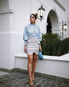 Love a modern tweed skirt!  Sobre o look de ontem - muito amor pelo corte dessa saia em tweed! Gostam?! #look #lookdodia #ootd