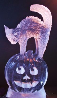 Scary Halloween Sculptures on Pinterest | Dry Ice, Punch Bowls and ...