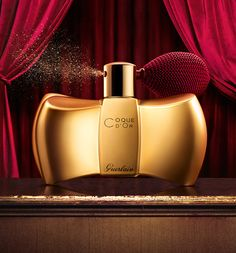 "Coque d'Or - Guerlain Christmas Collection ""Un Soir à l'Opéra""."