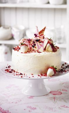 Marthas Strawberry Champagne & Rose Cake