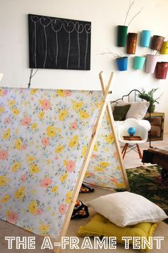 DIY A Frame tent tutorial- awesome for summery photo sessions. Grosgrain: Free Pattern Month Day 11 - Cakies: The A-Frame Tent Kids Crafts, Projects For Kids, Diy For Kids, Diy Projects, 4 Kids, A Frame Tent, Diy Frame, Cool Diy, Fun Diy