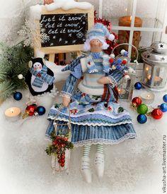 Tilda Toy, Christmas Elf, Doll Clothes, Christmas Decorations, Pattern, Fabric, Rag Dolls, Style, Baby Dolls